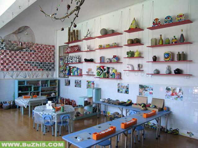 幼儿园大班图书馆墙面布置