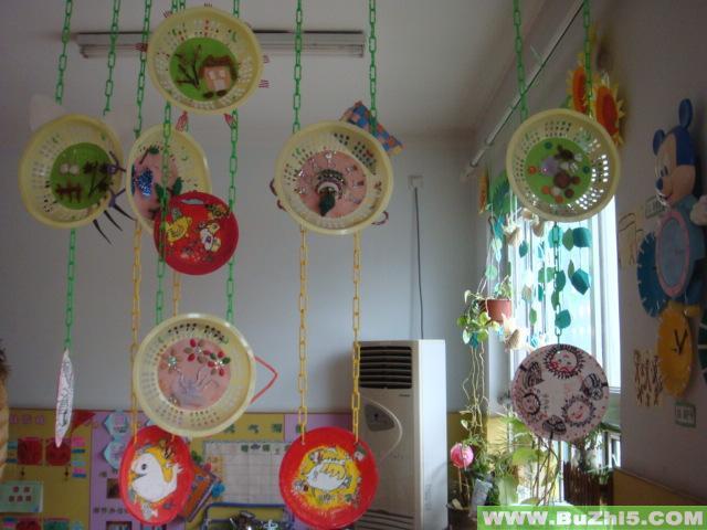 幼儿作品展吊饰布置图片