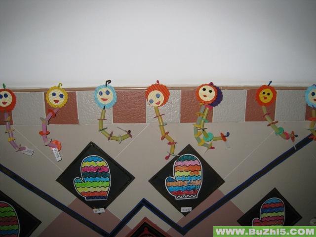 幼儿园楼道环境布置:幼儿美术作品展