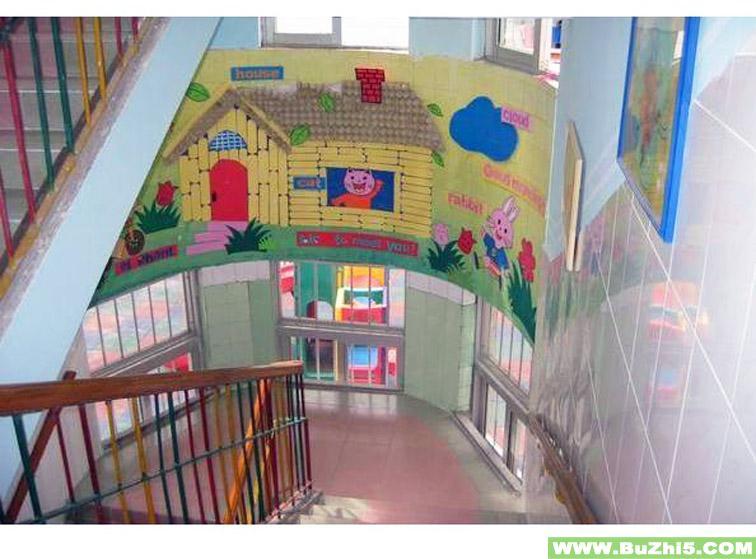 幼儿园楼梯布置  小动物的家楼梯布置图片下载说明:在图片上点击鼠标